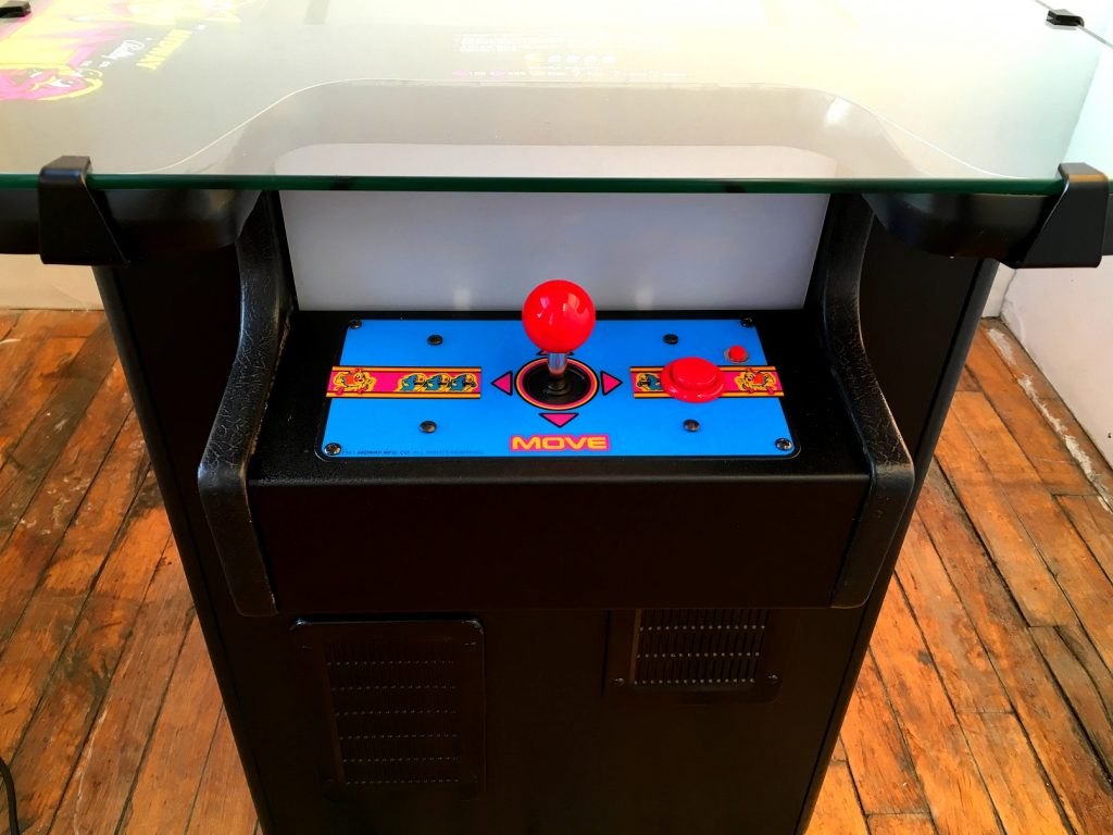 Ms-Pac-Man-Arcade-Cocktail-Table-80s