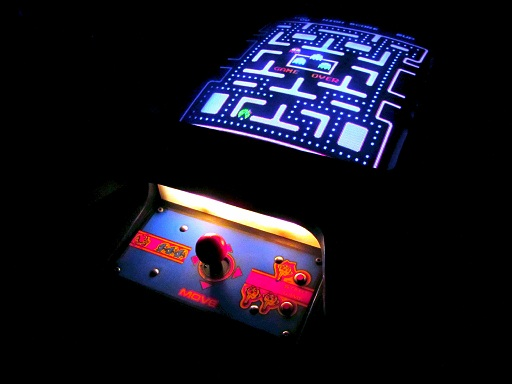 Ms.Pac-Man.Cocktail.arcade.monitor-www.arcadespecialties.com