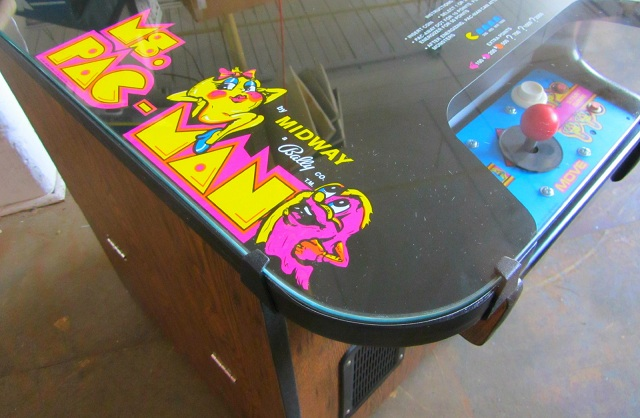 Ms.Pac-Man.Cocktail.arcade.top-www.arcadespecialties.com