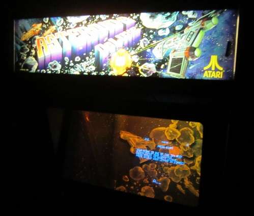 asteroids-deluxe-video-arcade-game-for-sale-2