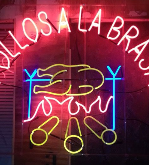 neon-sign-pollos-prop-rental