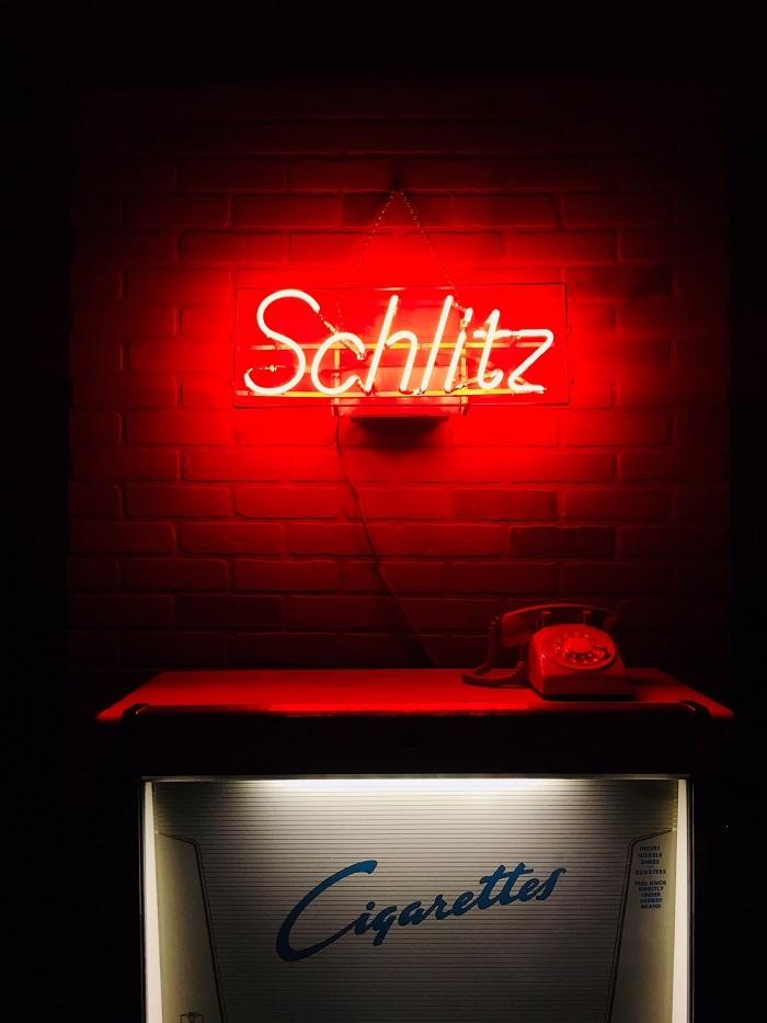 neon-sign-prop-rentals-nyc-schlitz