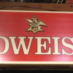 new-york-prop-rentals-bar-memorabilia-2