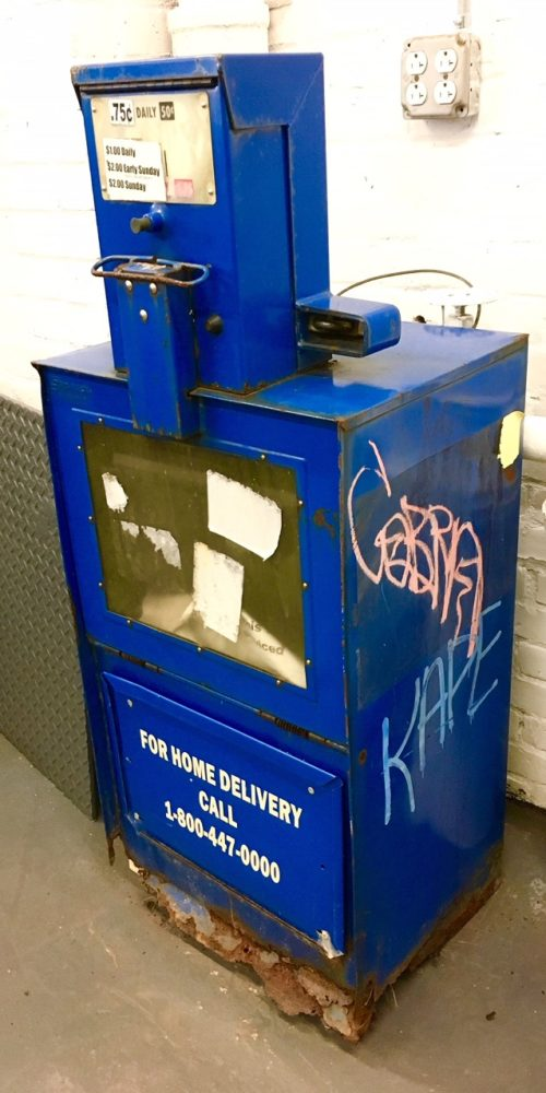 newspaper-machine-prop-rental-nyc
