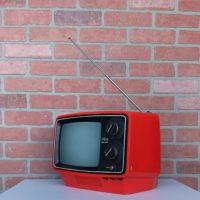 VINTAGE-TV-PROP-RENTALS-NYC-02