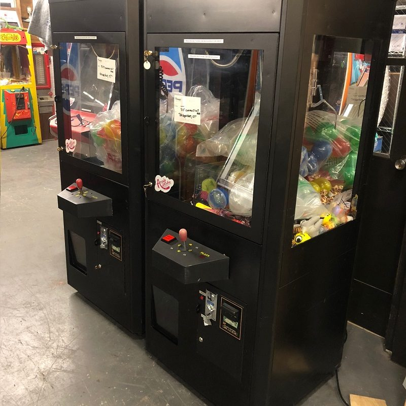 nyc claw machine rentals